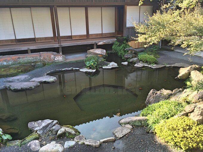 仙巌園の御殿の中庭