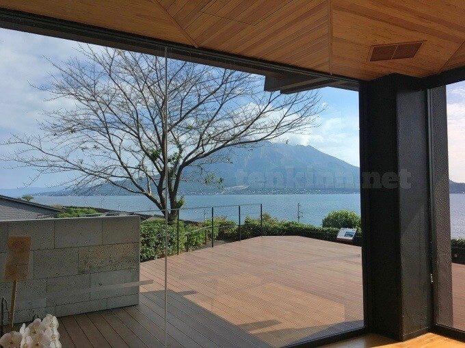 仙巌園でランチ。桜島を見ながら、ご飯を食べる2