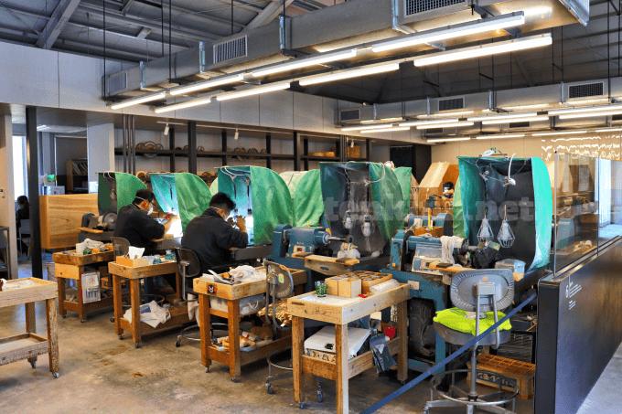 仙巌園に行ったら、薩摩切子を作っている磯工芸館にも行って見て