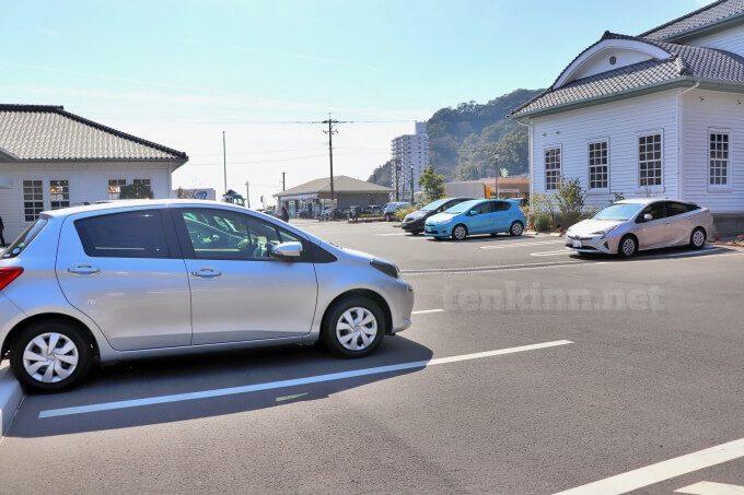 仙巌園横、薩摩切子が売っている磯工芸館は無料駐車場もある