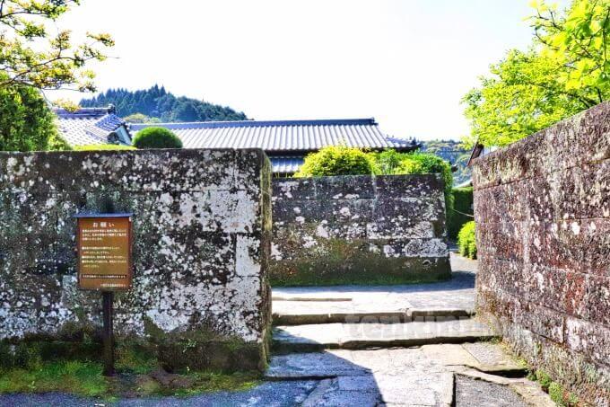 6知覧武家屋敷の佐多直忠庭園は沖縄式