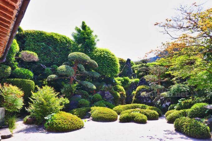 4知覧武家屋敷の佐多美舟庭園はどんな所