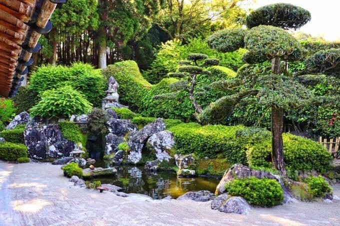 7知覧武家屋敷の森重堅庭園は、西郷どんのロケ地