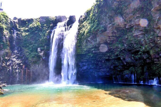 雄川の滝は、太陽の位置とダムの放流で綺麗かどうかが決まる