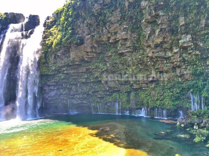 キングダムのロケ地、綺麗な雄川の滝が見たい
