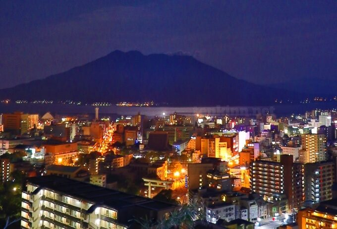 城山ホテル鹿児島から見た夜景桜島
