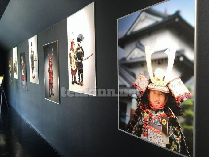 薩摩川内市の甲冑工房丸武では、本格甲冑を着て写真がとれるよ!