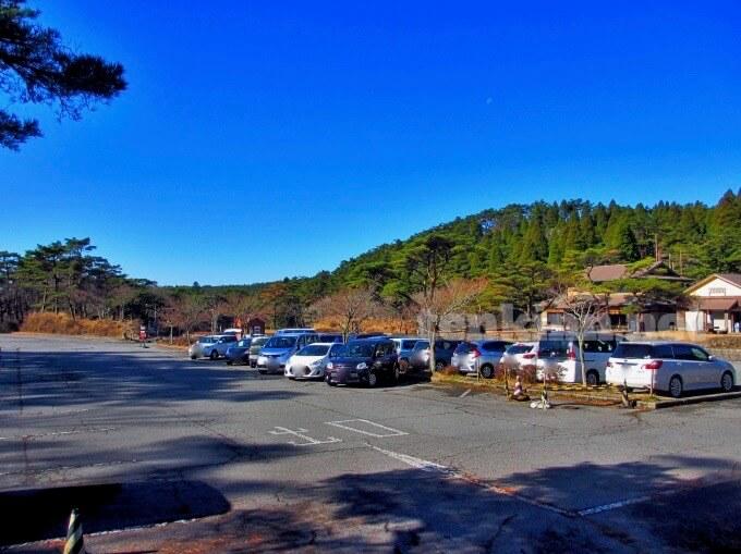 高千穂河原登山口の駐車場は?