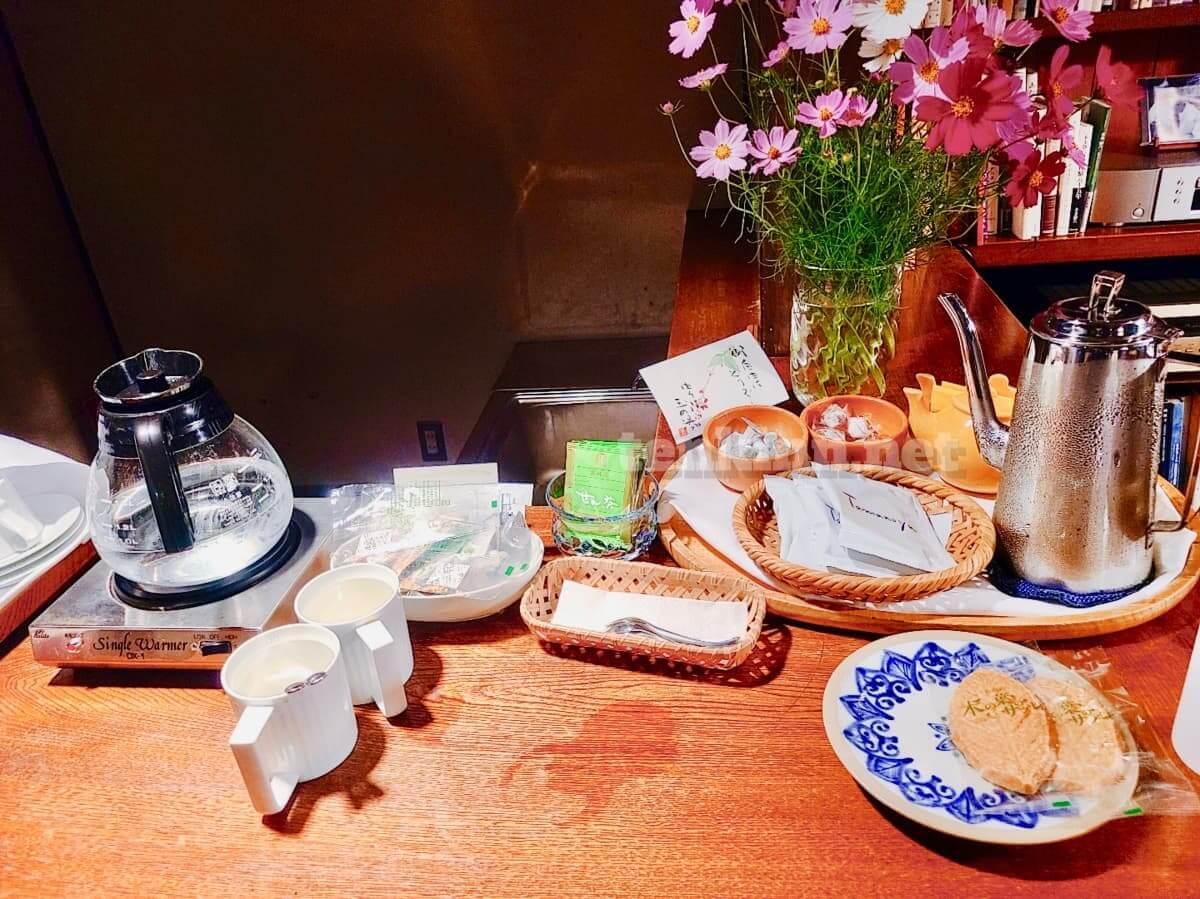由布院玉の湯コーヒーやお菓子は無料