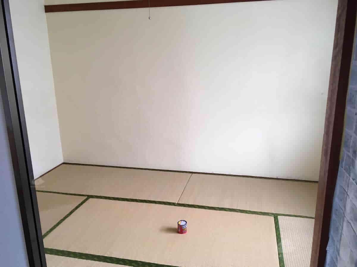バルサンを畳の部屋で使う方法